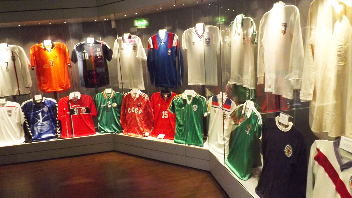 International collections homage to football legends modes for International collection